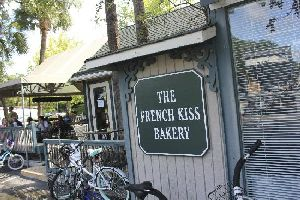 French Kiss Bakery